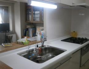 収納が抜群!クリナップラクエラのキッチンリフォームをご紹介 クリナップ ラクエラ 設置写真