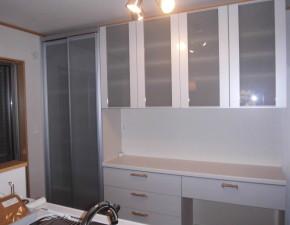 収納がたっぷりLIXILキッチン収納の新設工事! 設置写真