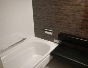 取替えでリラックスしたバスルームに!  ユニットバス・レンジフードリフォーム TOTO WGシリーズ 設置写真