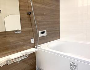 ワンランク上の浴槽、とても上質なお風呂に変わりました リノビオV ユニットバスリフォーム