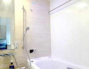 浴槽のレイアウトも変更し使い勝手がさらにアップ!TOTO サザナ