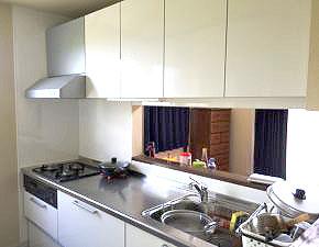 I様邸 使い勝手の良さが最高!キッチンリフォーム クリナップ ラクエラ 設置写真