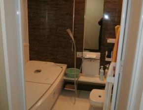 中古住宅が新築のように!浴室・洗面化粧台のリフォーム TOTO サザナ 設置写真
