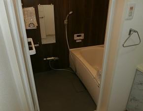 中古マンションの老朽化したユニットバスのリフォームでホテルのような浴室に! パナソニック FZ 設置写真