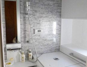 高級感を演出する浴室リフォーム TOTO サザナ Tタイプ 設置写真